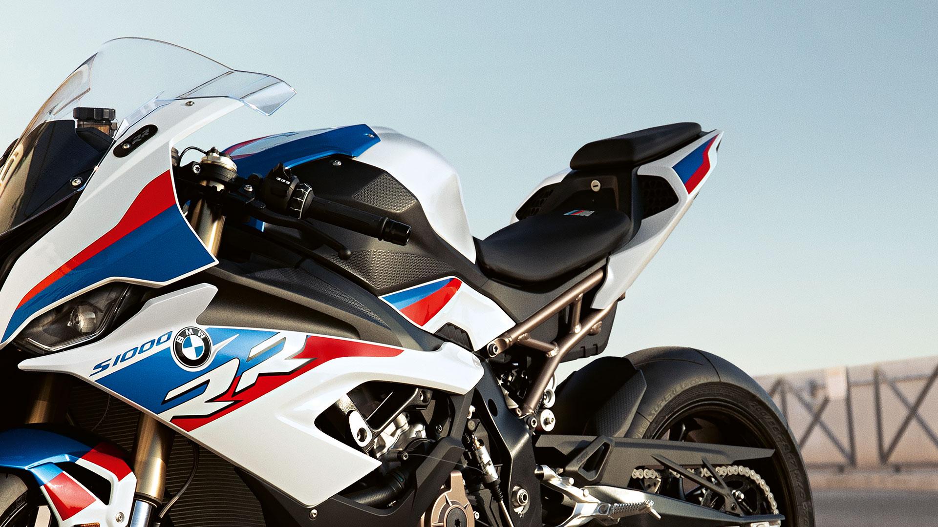 Bmw S 1000 Rr 2019 La Superbike Aux Forces Indomptables